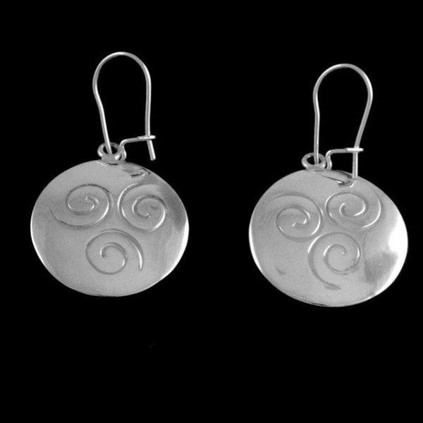 Triscle disc earrings